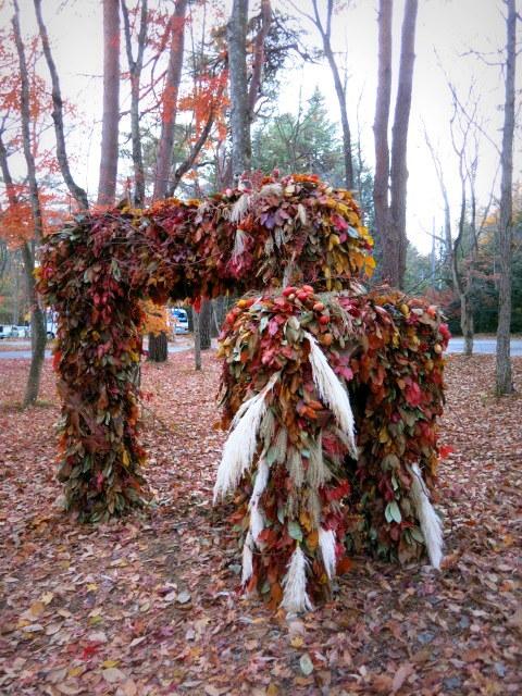 Art of Forest Autumn*ニコライ・バーグマン @軽井沢高原教会_f0236260_22000757.jpg