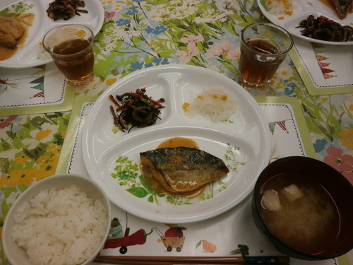 お魚食べましょう_e0274266_1931933.jpg