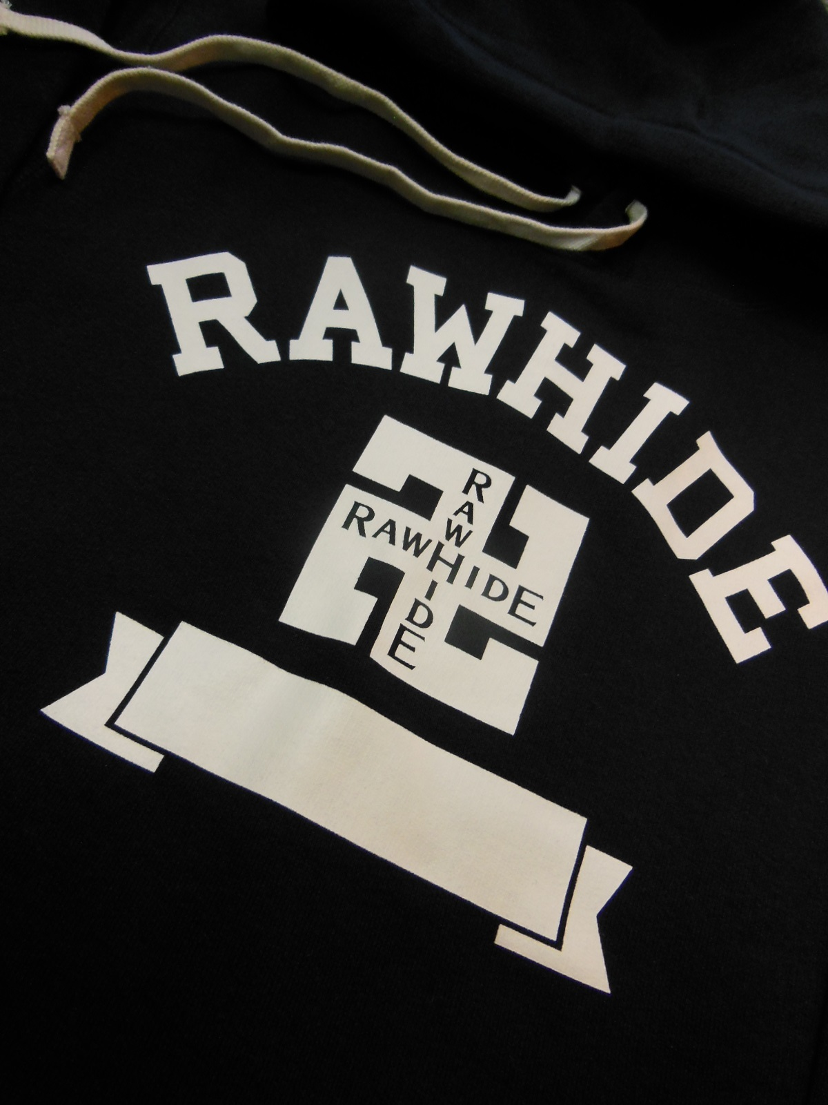 NEW RAWHIDE Whirling logs Tシャツ、パーカー入荷_c0187684_18415080.jpg