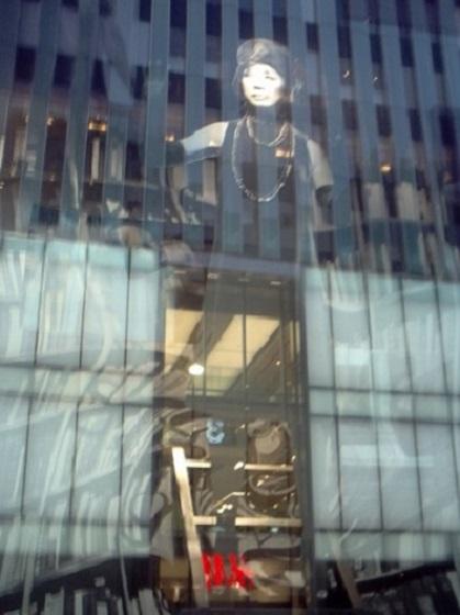 YUMINGと伊勢丹新宿店と130の出来事_a0116217_22535156.jpg