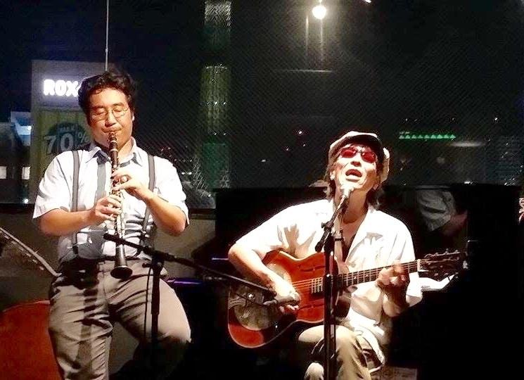 本日ライブ‼️  今夜は、日本語ブルース聴けます!みんなで酒を飲み、音楽に浸り酔おう!な夜🎵_c0174049_11034446.jpg