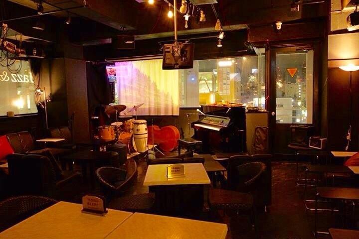 本日ライブ‼️  今夜は、日本語ブルース聴けます!みんなで酒を飲み、音楽に浸り酔おう!な夜🎵_c0174049_11064736.jpg