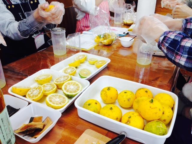 柑橘たっぷりポン酢作り講座 開催しました♪_d0298850_0563144.jpg