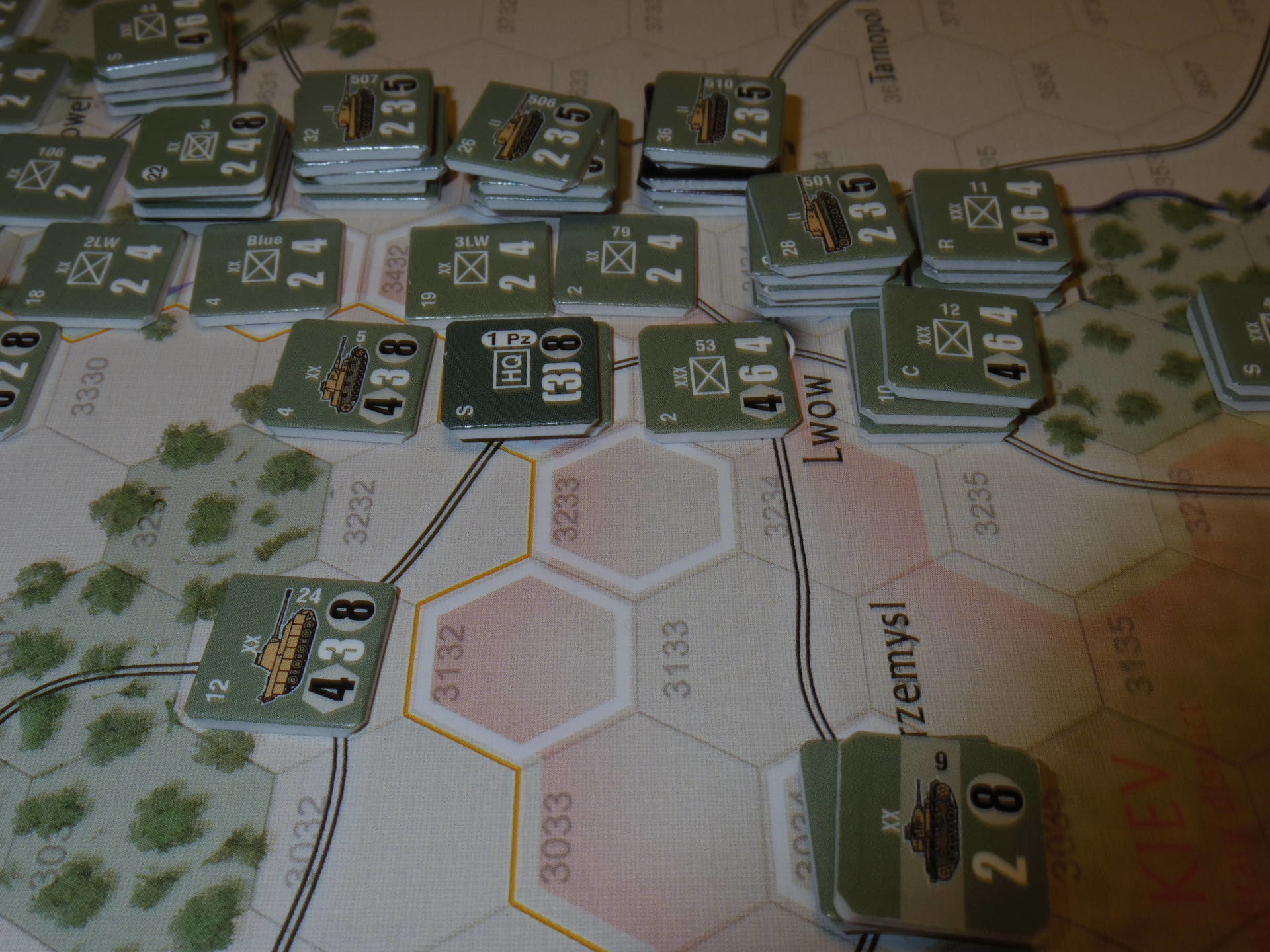 2年振りの再戦に備えて着々と準備は進む...(GMT)The Dark Valley  ダーク・ヴァレー 「バグラチオン:1944シナリオ」_b0173672_20582223.jpg