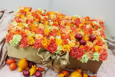 フラワーケーキ 横浜迎賓館様へ 秋の花のオレンジで_a0042928_2372032.jpg