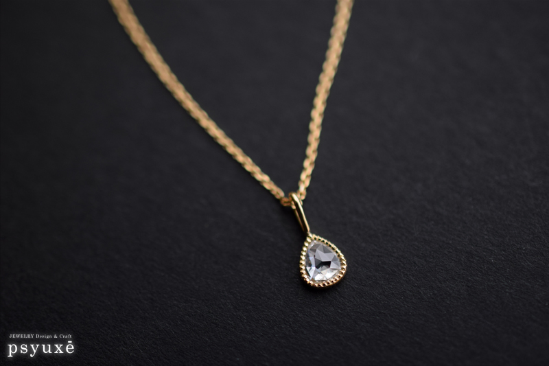 ペアシェイプ・ローズカット・ダイアモンドとミルグレインのネックレス_e0131432_11321304.jpg