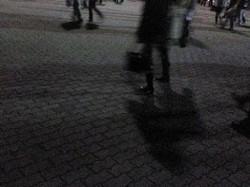 夜を歩く_e0359436_15243036.jpg