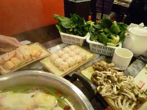 香港2*9 尖沙咀の四川料理「満江紅」へ_e0359436_23163563.jpg