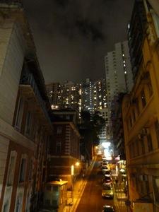 香港2*10 ミッドレベルエスカレーターで足ツボマッサージ_e0359436_23163826.jpg