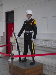 はじめての台湾*9 忠烈祠(ヂョンリェツー)の衛兵交代です_e0359436_23215419.jpg