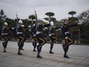 はじめての台湾*9 忠烈祠(ヂョンリェツー)の衛兵交代です_e0359436_23215468.jpg
