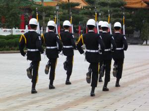 はじめての台湾*9 忠烈祠(ヂョンリェツー)の衛兵交代です_e0359436_23220058.jpg