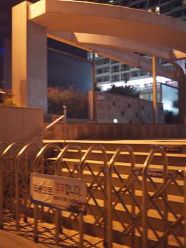 はじめて釜山9*台風一過の海雲台ビーチの夜_e0359436_23301636.jpg