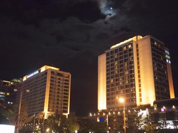 はじめて釜山9*台風一過の海雲台ビーチの夜_e0359436_23301699.jpg