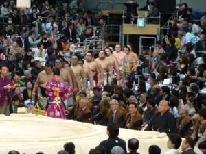 はじめての大相撲 春場所14日目_e0359436_23362903.jpg