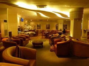 スリランカ*21 スリランカ航空のラウンジで_e0359436_23363490.jpg