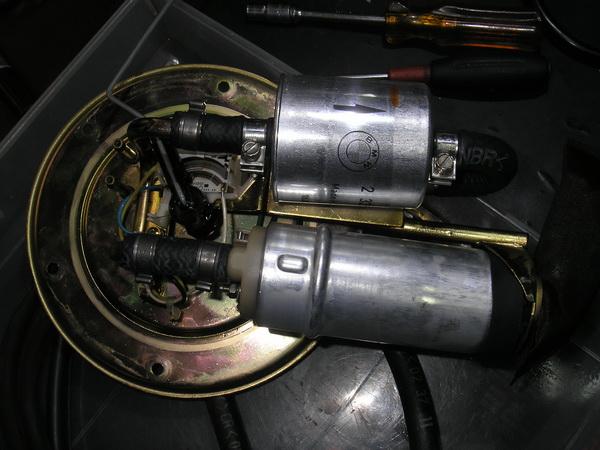 BMW R1100GS 燃料フィルター交換と他_e0218639_10475182.jpg