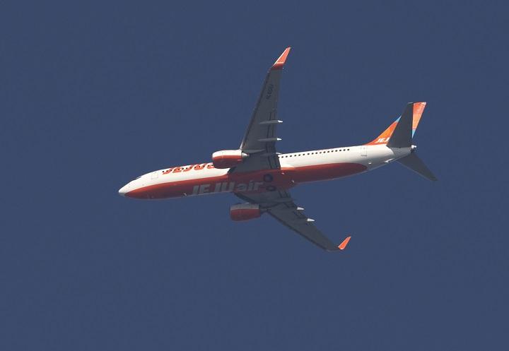 ジェット機_c0096278_1561159.jpg