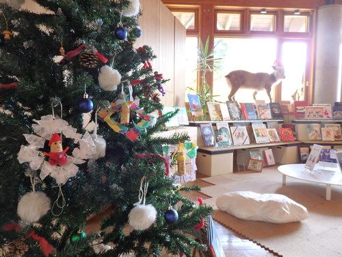 """『絵本カーニバル』""""たね""""と""""クリスマス""""の絵本がまってるよ〜_f0296936_17125427.jpg"""
