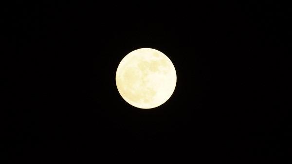 月_e0166355_19254330.jpg