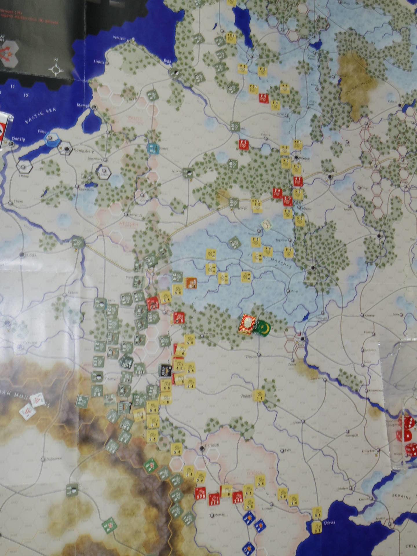 YSGA第329回定例会の様子その5〔(GMT)The Dark Valley  ダーク・ヴァレー 「バグラチオン:1944シナリオ」3人で全5ターン貫徹❶〕_b0173672_23530326.jpg