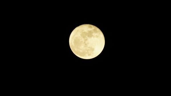 月_e0166355_20255636.jpg