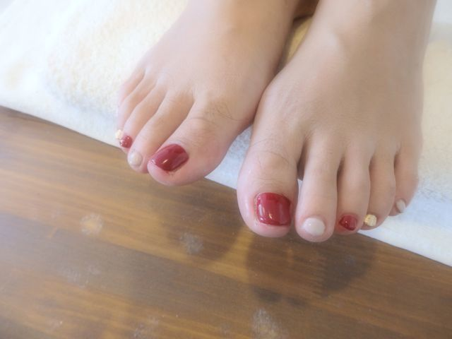 Red Foot Nail_a0239065_15191733.jpg