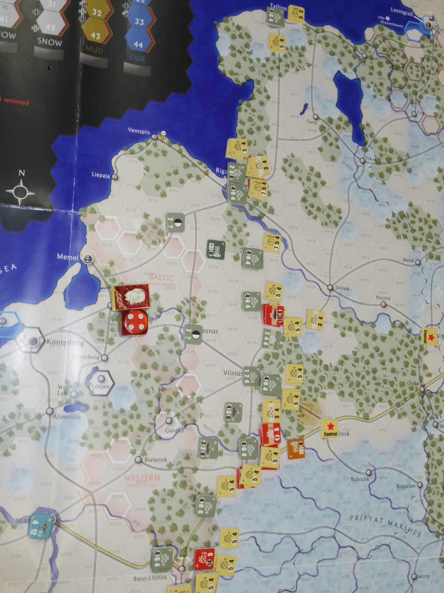 YSGA第329回定例会の様子その6〔(GMT)The Dark Valley  ダーク・ヴァレー 「バグラチオン:1944シナリオ」3人で全5ターン貫徹➋〕_b0173672_00001332.jpg