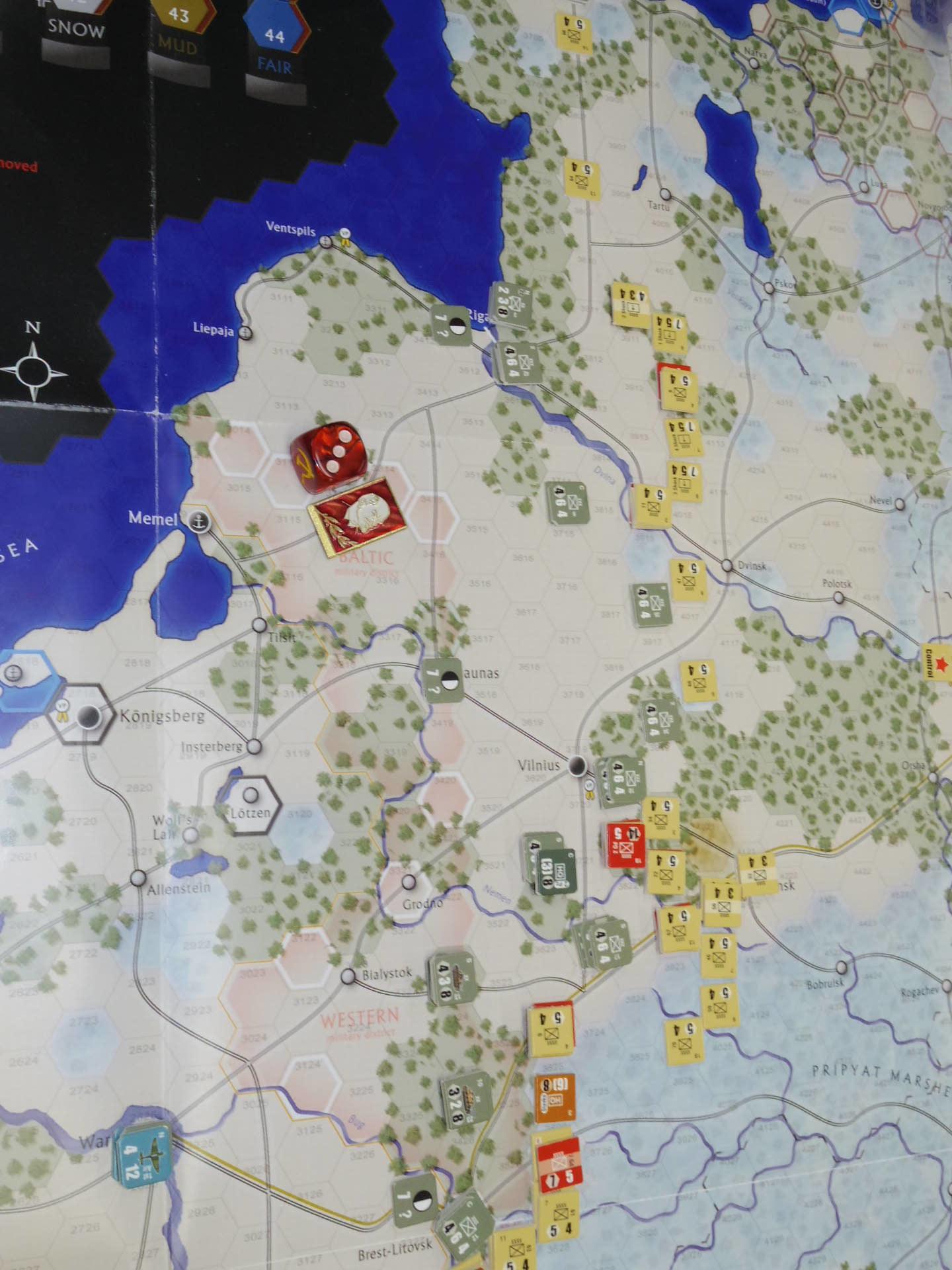YSGA第329回定例会の様子その6〔(GMT)The Dark Valley  ダーク・ヴァレー 「バグラチオン:1944シナリオ」3人で全5ターン貫徹➋〕_b0173672_00002073.jpg