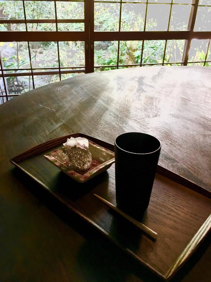 京都滞在記「書の朝稽古」_a0138976_13573245.jpg