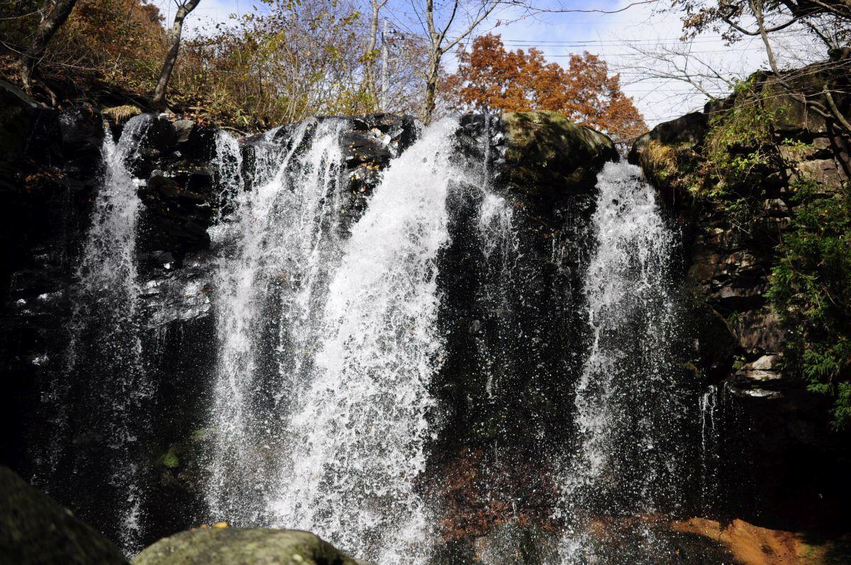 那須・乙女の滝の紅葉 : 那須高原ペンション通信(オーナー通信)