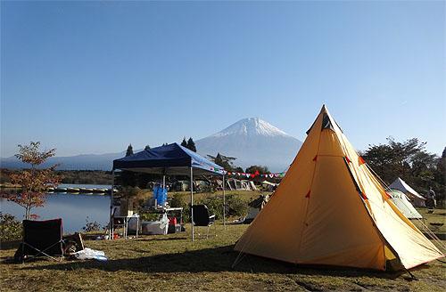 木と戯れ、秋を満喫した極上キャンプ!_c0137404_2102628.jpg