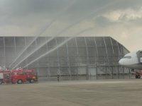 大阪国際空港で航空機事故対策訓練実施_c0133422_1301314.jpg