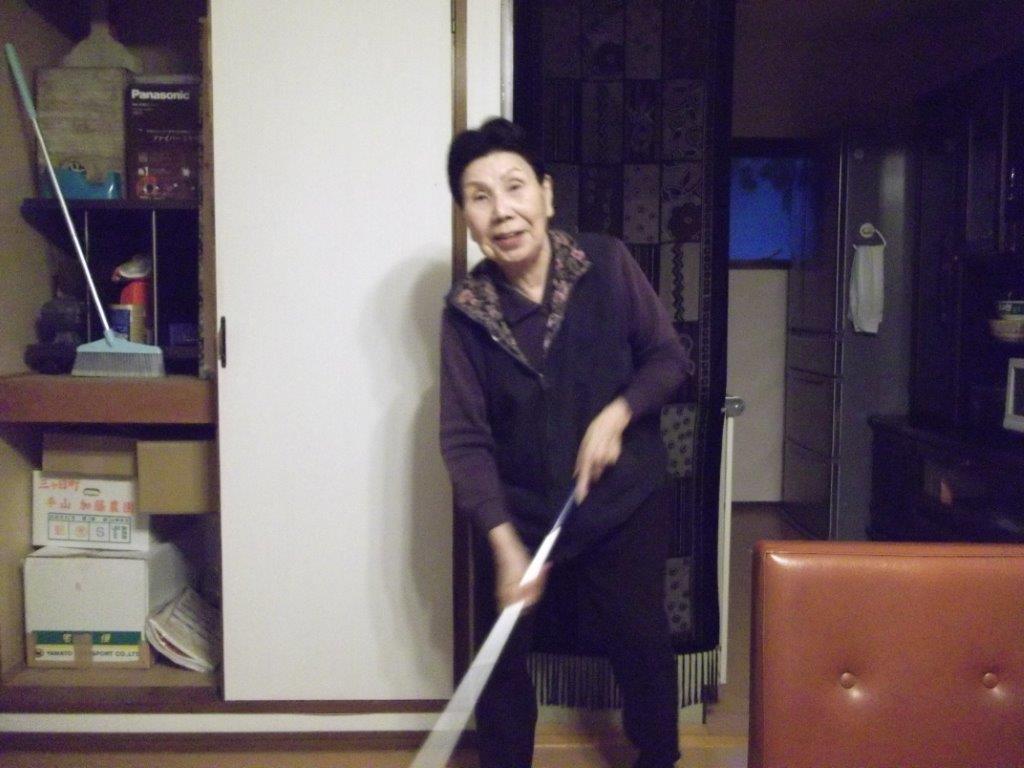 袴田秀子さんと巌さん_d0104328_2175261.jpg