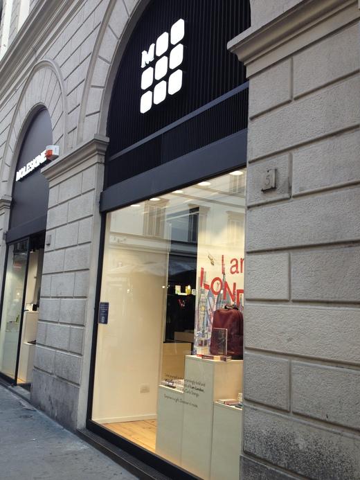 来年の手帳、フィレンツェで買う?_a0136671_181667.jpg