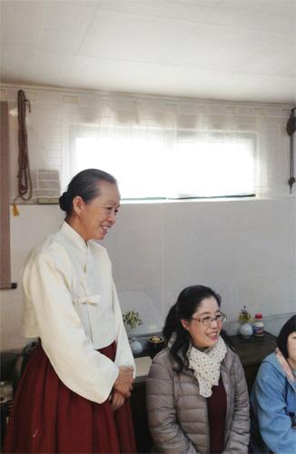 ポジャギ作家 李京玉と巡る韓国 (尚州・慶州・安東)2日目②    _c0185092_0424680.jpg