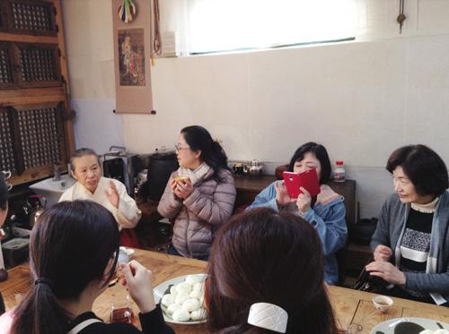 ポジャギ作家 李京玉と巡る韓国 (尚州・慶州・安東)2日目②    _c0185092_043383.jpg