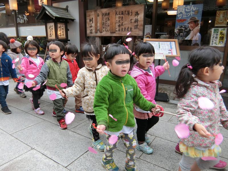 11月16日ルンビニー幼稚園お会式_d0278912_07557.jpg