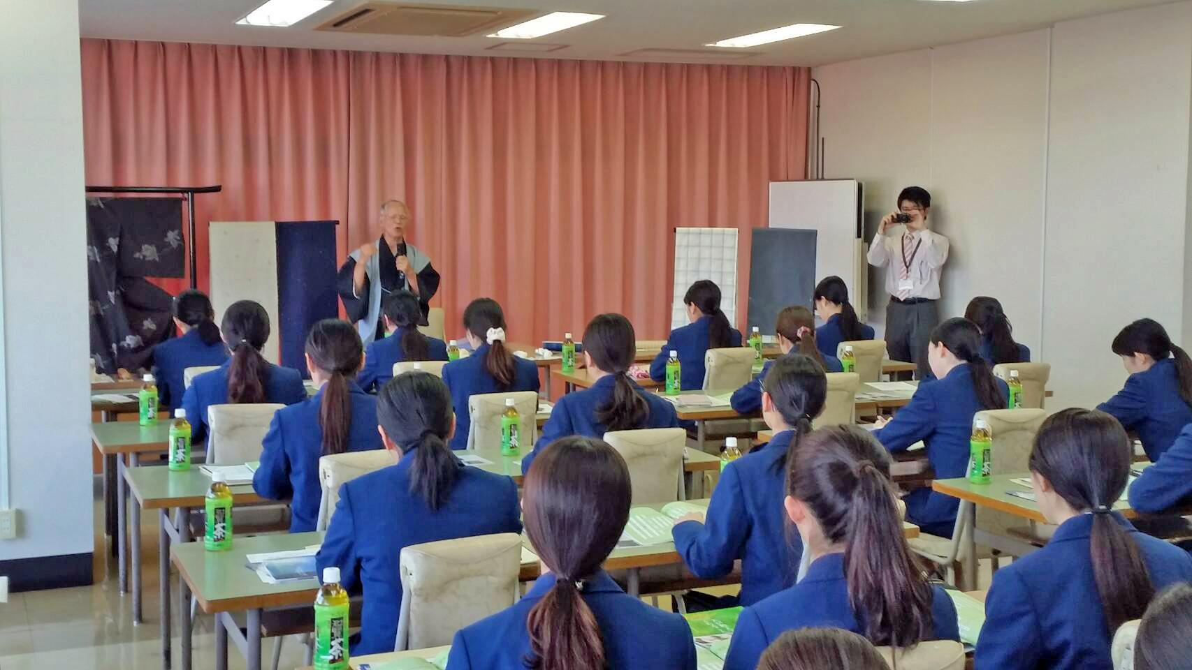 鹿児島純短への工芸士派遣授業/御報告_e0194629_9473548.jpg