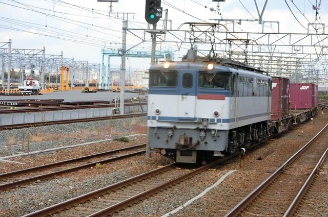 鉄道写真、東海道本線岸辺駅にて・・・・レッドサンダー、EF65の写真撮影_d0181492_00131351.jpg