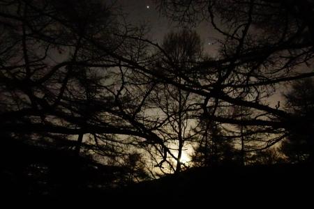月と地球への影響_e0120896_07442038.jpg