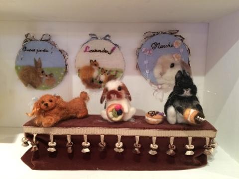 畑牧子さんの出版記念作品展『リアルかわいい羊毛フェルトのうさぎ』@南青山Gallery Paletteへ_a0157409_14490223.jpeg