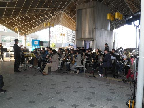浜大津駅コンサート_d0315355_13363013.jpg