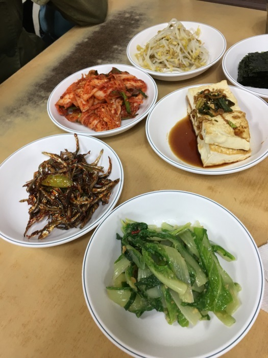 ソウルから大邱へ。その11 ソウルに戻って、イシモチ定食の朝ごはん&不思議なおみやげ_a0223786_16534997.jpg