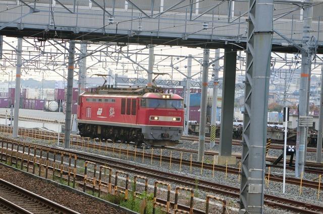 鉄道写真、東海道本線岸辺駅にて・・・・レッドサンダー、EF65の写真撮影_d0181492_17060681.jpg