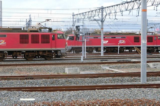 鉄道写真、東海道本線岸辺駅にて・・・・レッドサンダー、EF65の写真撮影_d0181492_17085094.jpg