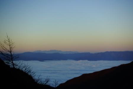 雲海の朝_e0120896_07202251.jpg