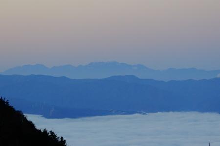 雲海の朝_e0120896_07211223.jpg