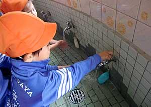 しっかり手洗い_e0325335_1043515.jpg