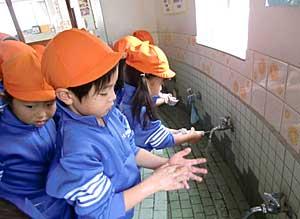しっかり手洗い_e0325335_10441153.jpg